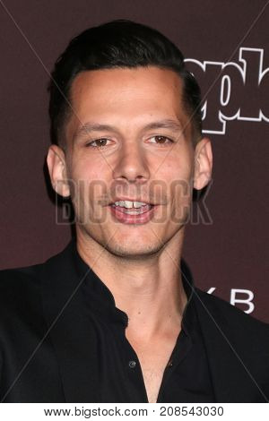 LOS ANGELES - OCT 4:  Devin Dawson at the People's Ones To Watch Party at the NeueHouse Hollywood on October 4, 2017 in Los Angeles, CA