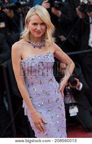 CANNES, FRANCE - MAY 11: Naomi Watts attends the 'Cafe Society' premiere and the Opening Night Gala during the 69th annual Cannes Film Festival at the Palais des Festivals on May 11, 2016 in Cannes
