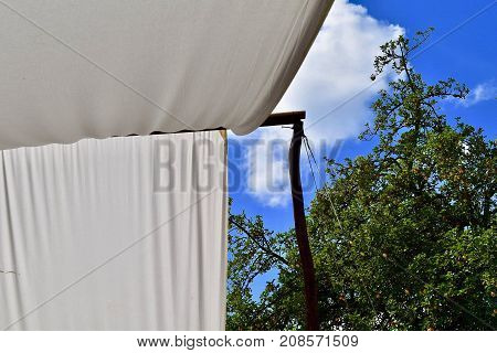 mediaval tent with white linnen. Easy contracted tent. Simple tent.