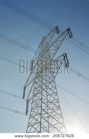 Electric power transmission high power line low angle