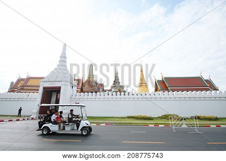 The Movement Of Cars That Drive Public Service At Sanam Luang