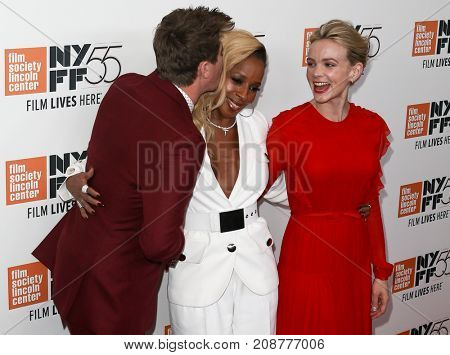 (L-R) Garrett Hedlund, Mary J. Blige and Carey Mulligan attend the