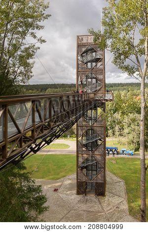 ANYKSCIAI, LITHUANIA - oktober, 2017: LAJU TAKAS Treetop Walkway in Anyksciai Lithuania