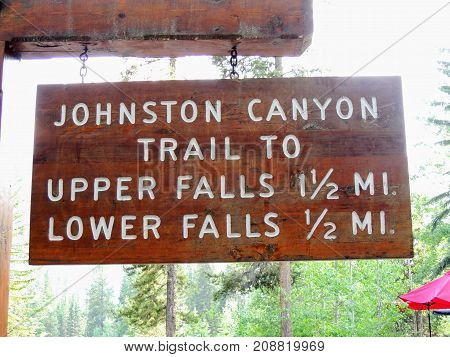 Johnston Canyon Trail Sign, Upper and Lower Falls, Banff National Park, Canadian Rockies, Alberta, Canada