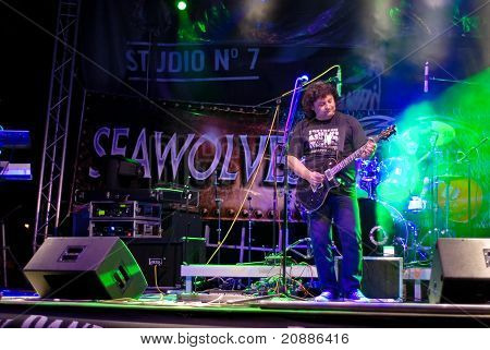 Compact Perform Live at Seawolves Bike Fest 4