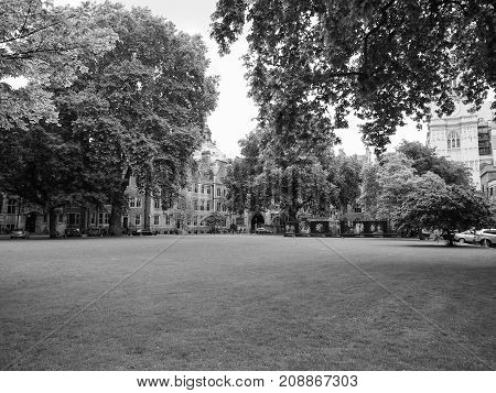 Westminster Abbey Dean Yard In London Black And White