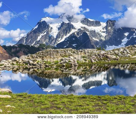 Mount Shuksan Pool Reflection Summer Artist Point Mount Baker Highway Pacific Northwest Washington State Snow Mountain Grass Trees