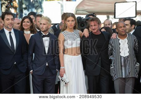 CANNES, FRANCE - MAY 20, 2016: Jean Reno, Adele Exarchopoulos, Sean Penn, Hopper Penn, Charlize Theron, Javier Bardem  attend the 'The Last Face' premiere. 69th annual Cannes Film Festival
