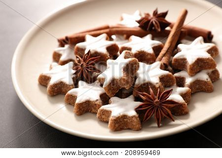 gingerbread cookie with spices