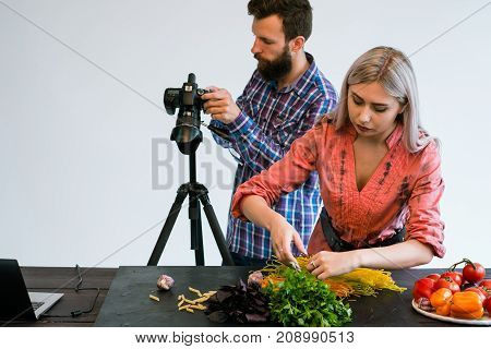 food photography teamwork studio photographer at work backstage concept