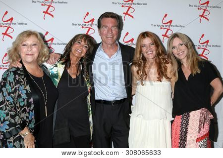 LOS ANGELES - JUN 23:  Beth Maitland, Jess Walton, Peter Bergman, Michelle Stafford, L Bell at the Y & R Fan Club Luncheon at the Marriott Burbank Convention Center on June 23, 2019 in Burbank, CA