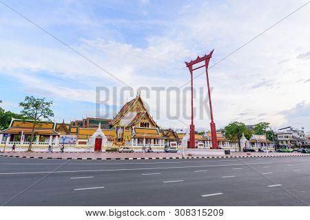 Bangkok , Thailand - 25 Jul, 2018:  Giant Swing Landmark Of Bangkok City / Sao Ching Cha Landmark In