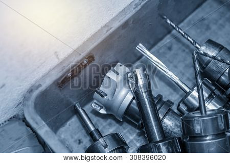 The Indexable Tool For Cnc Milling Machine In The Container Box. The Various Type Of Cutting Tools F