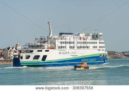 Portsmouth, Uk - April 1: Wightlink Flagship Hybrid Energy Ferry Departing The Naval Dockyard Port O