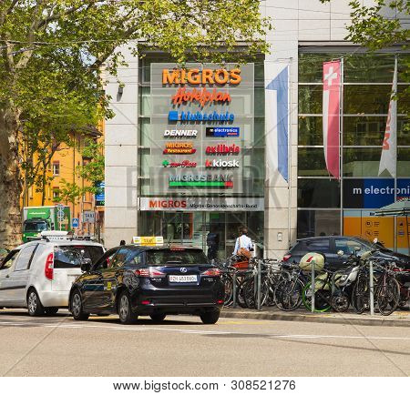 Zurich, Switzerland - May 27, 2019: Traffic And Buildings On Limmatplatz Square In The City Of Zuric