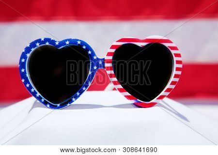 American Flag Sunglasses. US Flag Heart Shaped Sunglasses. 4th of July fashion sunglasses.