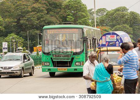 Bangalore, Karnataka India-june 04 2019 : Bengaluru City Local Bmtc Bus With People Near Vidhana Sou