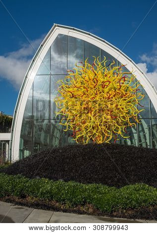 Seattle, Washington, Usa, December, 15, 2015: Outside The Incredible Chihuly Atrium Showing A Beauti