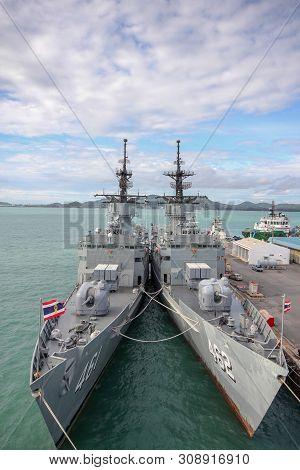 Chonburi ,thailand-september 21,2013:2 Battle Ship Stop Near Htms Chakri Naruebet Is Biggest In Thai