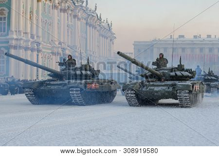 Saint Petersburg, Russia - January 24, 2019: A Column Of T-72b3 Tanks At The Winter Palace. Fragment