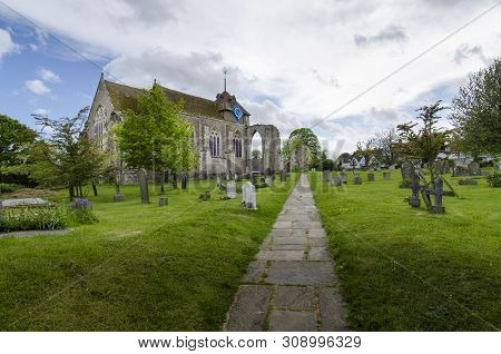 Winchelsea, East Sussex, May 2015 - St Thomas The Martyr Church At Winchelsea, East Sussex, Uk