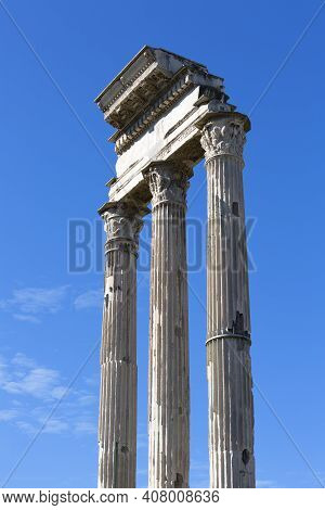 Forum Romanum, Ruins Of Several Important Ancient  Buildings, Fragment Of The Temple Of Castor And P