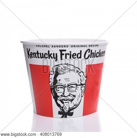 IRVINE, CALIFORNIA - AUGUST 21, 2017:  Kentucky Fried Chicken Bucket. KFC is an American fast food restaurant chain that specializes in fried chicken.