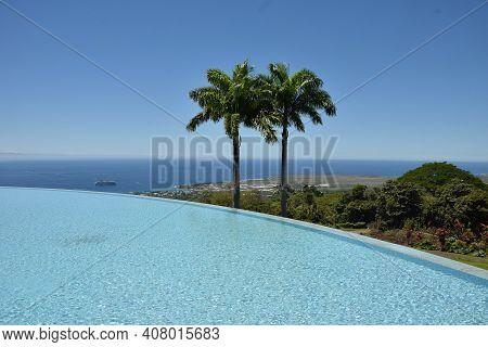 Pacific Ocean Seen From The Coast Of The Big Island Of Hawaii