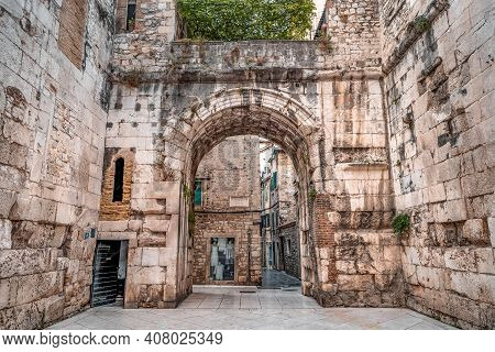 Split, Croatia - Aug 15, 2020: Stone Arch Gate Into Old Town Split In Early Morning