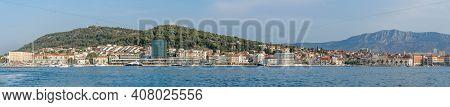Split, Croatia - Aug 15, 2020: Panoramic View Of Split City Riva Esplanade With Mount Morso In Croat