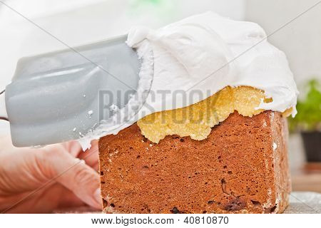 Spreading Cream On Cake Icing