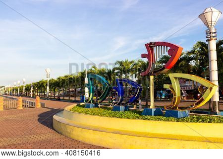 Puerto Princesa, Palawan, Philippines - September 26, 2018: Art Object Of Fishes In The Baywalk At P