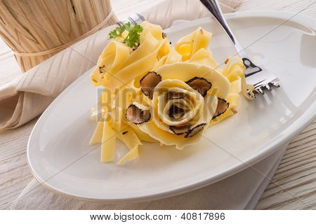 Tagliatelle With Summer Truffle .