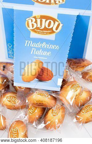 Bordeaux , Aquitaine France - 02 13 2021 : Bijou Madeleines Blue  Box Store Specialist Shop Manufact