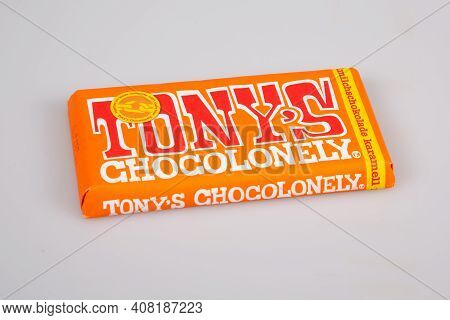 Bordeaux , Aquitaine France - 02 13 2021 : Tony's Chocolate Bar With Brand Text Logo And Text Sign T