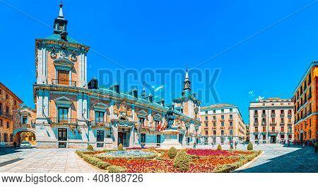 Square Of Villa (plaza De La Villa)- Home To Casa De La Villa, T