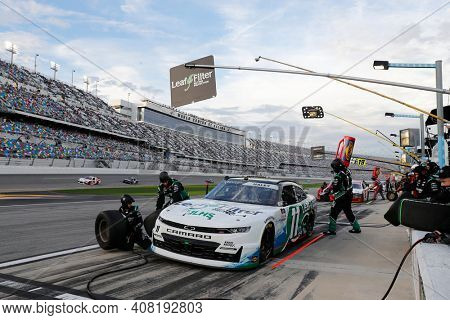 February 13, 2021 - Daytona Beach, Florida, USA: Kaulig Racing makes a pit stop for the Beef. It's What's For Dinner. 300 at Daytona International Speedway in Daytona Beach, Florida.