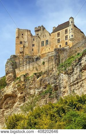 Chateau De Beynac Is A Castle Situated In The Commune Of Beynac-et-cazenac, In The Dordogne Départem