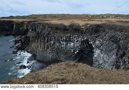 Pretty Coastline Of Snaefellsnes Peninsula With Basalt Columns And Cliffs.
