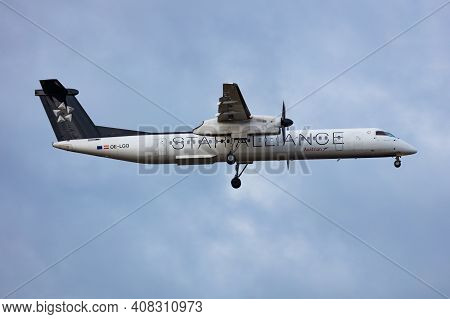 Vienna, Austria - November 29, 2019: Star Alliance Austrian Airlines Bombardier Dhc-8 Q400 Oe-lgq Pa