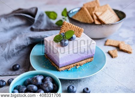 No Bake Blueberry Cheesecake Topped With Fresh Berries