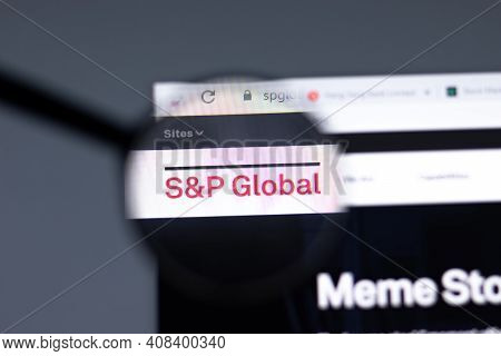 New York, Usa - 15 February 2021: Sp Global Website In Browser With Company Logo, Illustrative Edito