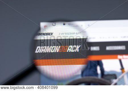 New York, Usa - 15 February 2021: Diamondback Website In Browser With Company Logo, Illustrative Edi