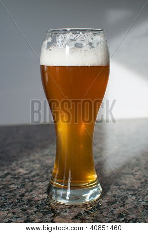 Wheat Beer Glass With Foam