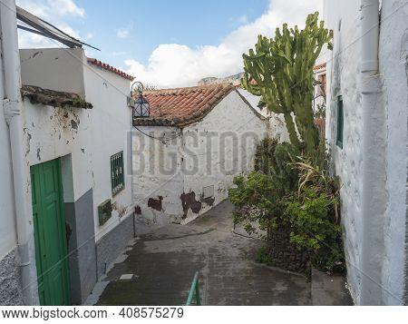 Tejeda, Gran Canaria, Canary Islands, Spain December 15, 2020: Narrow Street In Tejeda Picturesque C