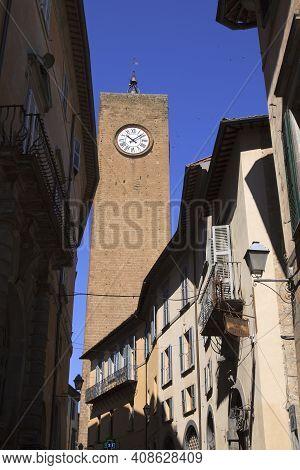 Orvieto (tr), Italy - May 10, 2016: The Moro Tower In Centre Of Orvieto, Terni, Umbria, Italy
