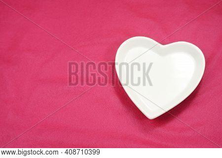 White Heart, Heart Shaped Plate-dish, Light Color Heart-shaped Plate. Dishes For Food, For Dinners,
