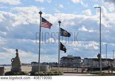 Hampton, Nh - Oct 3: Waterfront At Hampton Beach State Park In Hampton, New Hampshire, As Seen On Oc