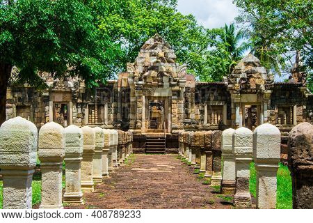Sdok  Kok Thom  Castle  Is  A Khmer Castle, A Large  And Important Archaeological Site  Of  Sa Kaeo
