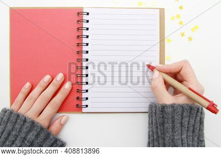 Hands, Notepad, Blank, Goal, Pen, Layout, Write, Page, Desk, Lifestyle, Make, Notebook, Space, Paper